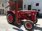 Oldtimer-Traktor des Typs McCormick D215 in Vaihingen