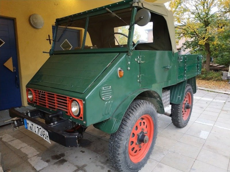 Oldtimer-Traktor a típus Mercedes-Benz Unimog 401, Gebrauchtmaschine ekkor: München (Kép 1)