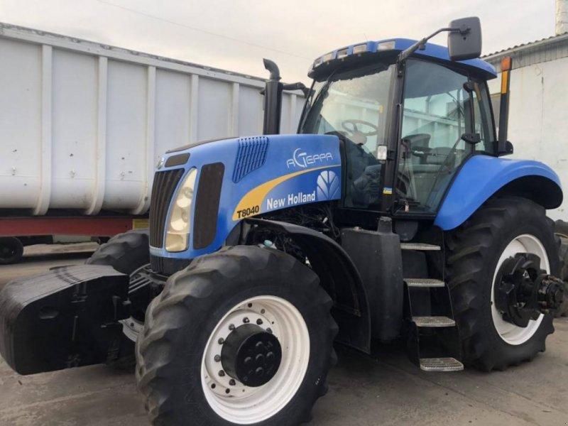 Oldtimer-Traktor типа New Holland T8040, Neumaschine в Київ (Фотография 1)