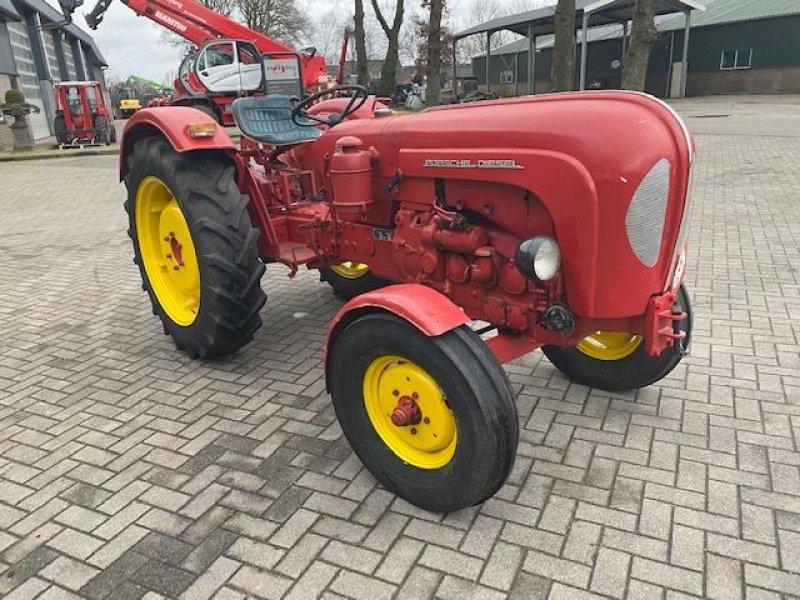 Oldtimer-Traktor des Typs Porsche 329 super export, Gebrauchtmaschine in Lunteren (Bild 2)