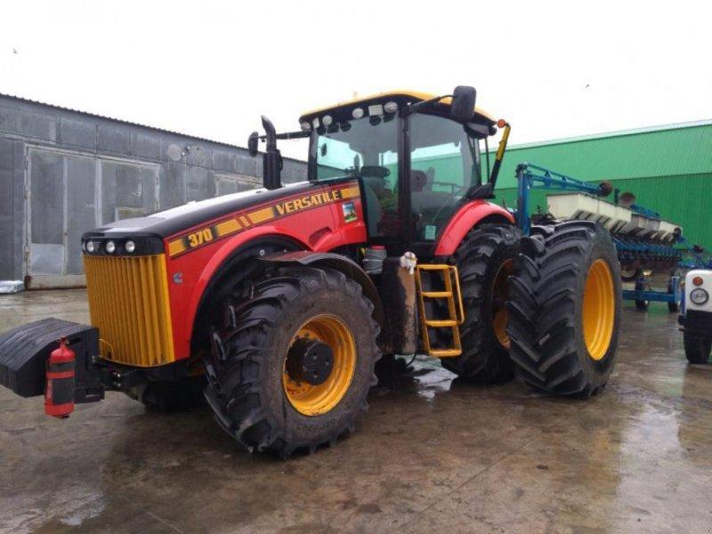 Oldtimer-Traktor типа Versatile Row Crop 370, Neumaschine в Рівне (Фотография 1)
