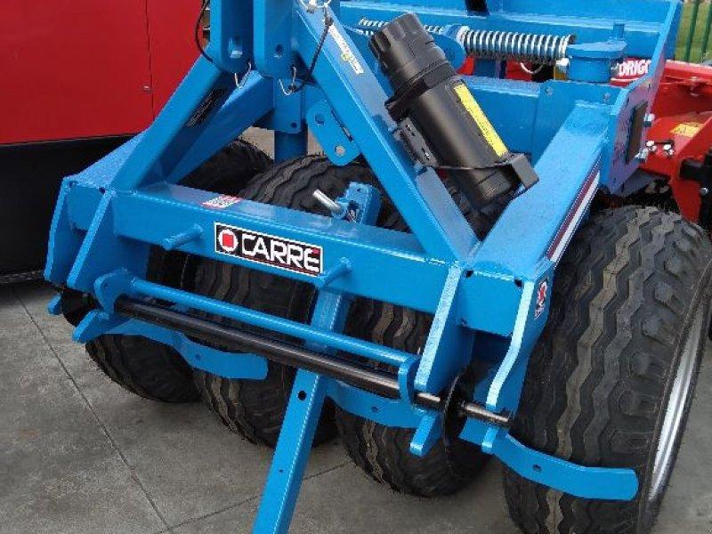 Packer & Walze a típus Carré TASSAPNEU, Gebrauchtmaschine ekkor: LESTREM (Kép 1)
