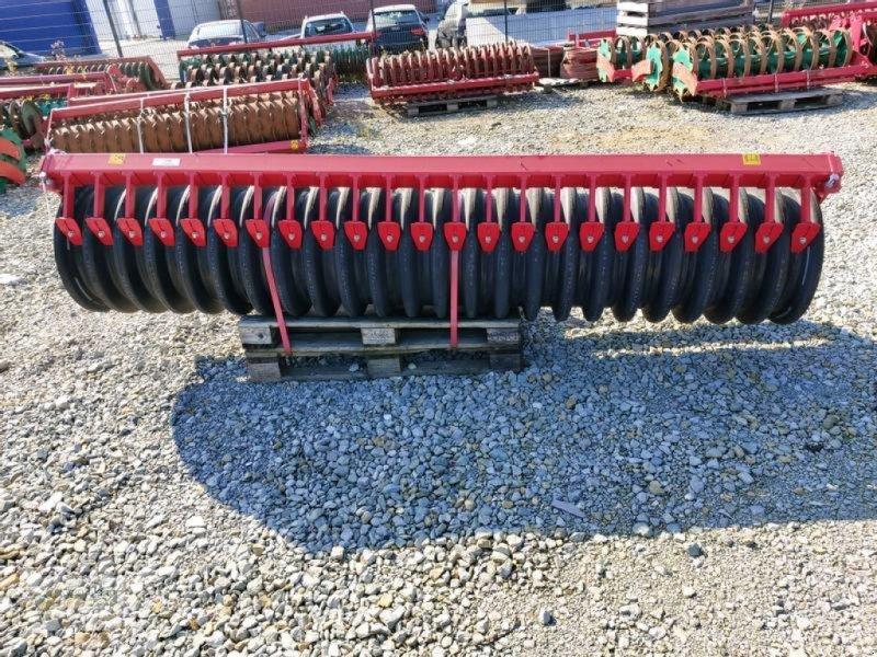 Packer & Walze des Typs Kverneland Flexline 3 m, Neumaschine in Soest (Bild 1)