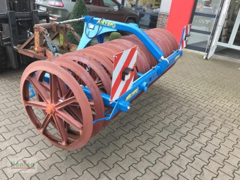 Packer & Walze des Typs Meyer Agrartechnik Meyer LFP16, Neumaschine in Bakum (Bild 1)