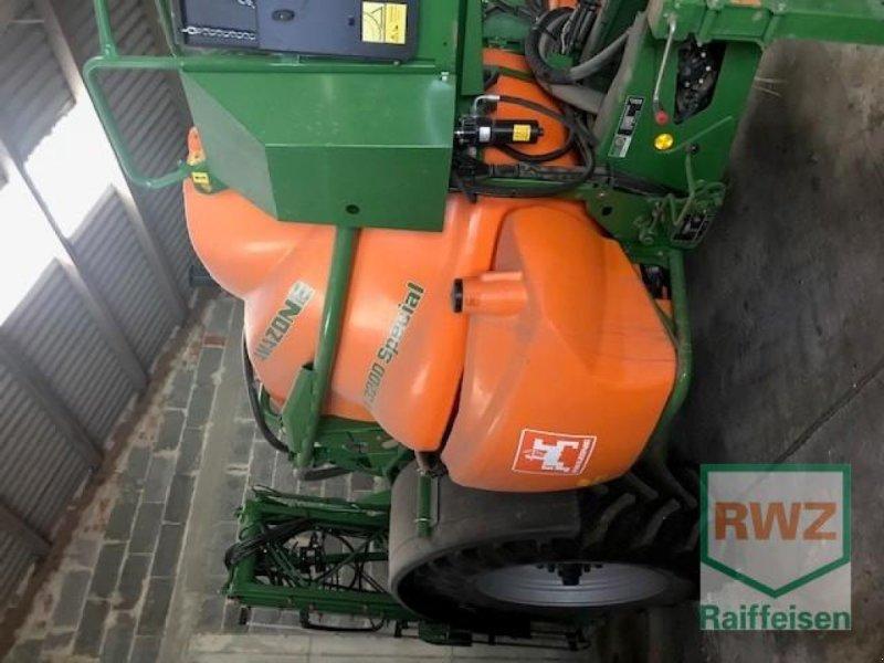 Pflanzenschutz-System du type Amazone Spritze UX 3200 Specia, Gebrauchtmaschine en Alsfeld (Photo 1)