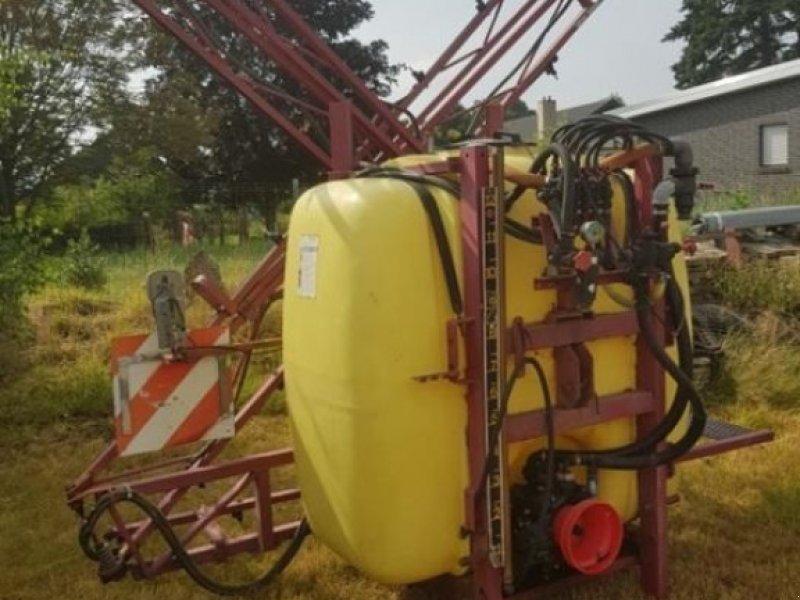 Pflanzenschutz-System du type Hardi ANBAUSPRITZE 1000 L, Gebrauchtmaschine en Nienburg (Photo 1)