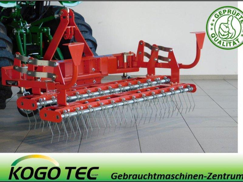 Pflegefahrzeug & Pflegegerät des Typs Wiedenmann Terra Rake 170, Neumaschine in Neubeckum (Bild 1)