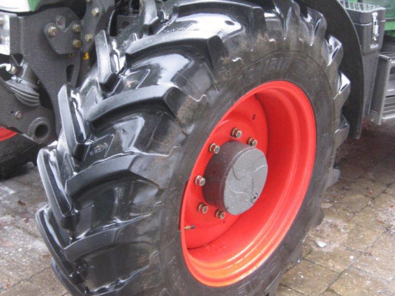 Pflegerad a típus Fendt Pflegereifen 13.6R38//13.6R24, Gebrauchtmaschine ekkor: Wolferstadt (Kép 1)