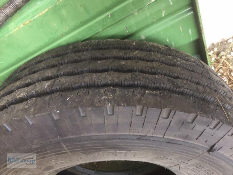 Pflegerad des Typs Michelin Reifen, Neumaschine in Söchtenau (Bild 8)