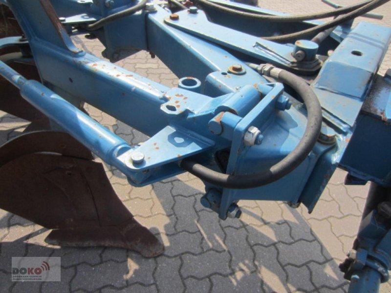 Pflug des Typs Överum CV498H, Gebrauchtmaschine in Schoenberg (Bild 4)