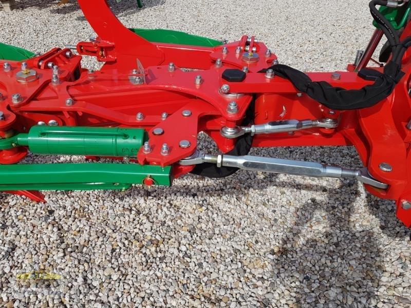 Pflug des Typs Agro-Masz POV 5, Neumaschine in Teublitz (Bild 15)