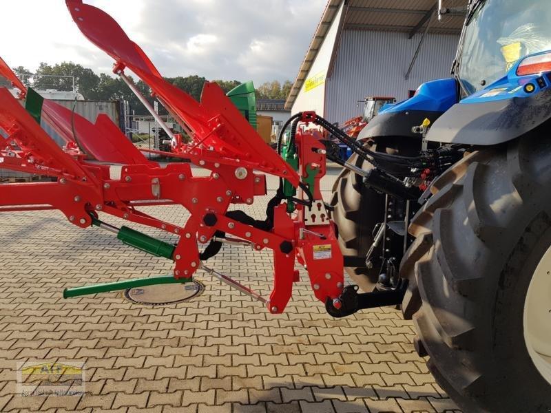 Pflug des Typs Agro-Masz POV5 mit XL-Körper, Neumaschine in Teublitz (Bild 16)