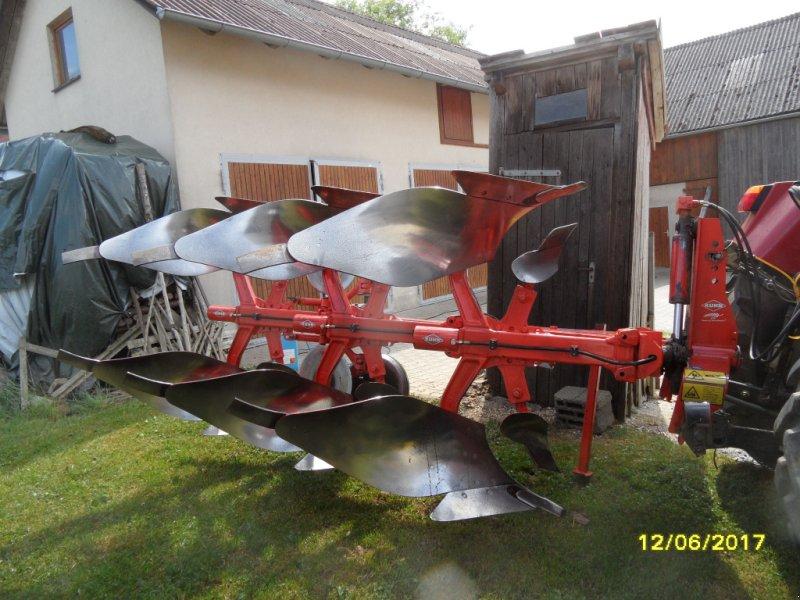 Pflug des Typs Kuhn 3 +1, Gebrauchtmaschine in Parsberg (Bild 1)