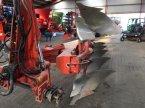 Pflug des Typs Kuhn 5 f. VariMaster 152 ekkor: Vejle