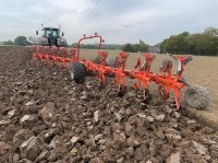 Kuhn Challenger 10 furet risteplov/on land-ca 2000 ha. Plough