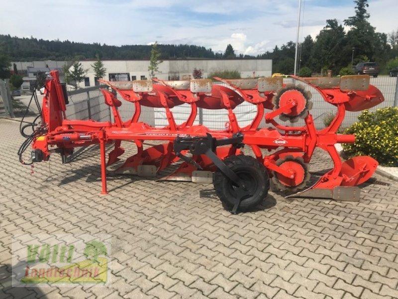 Pflug des Typs Kuhn Vari Master 123, Neumaschine in Hutthurm bei Passau (Bild 1)
