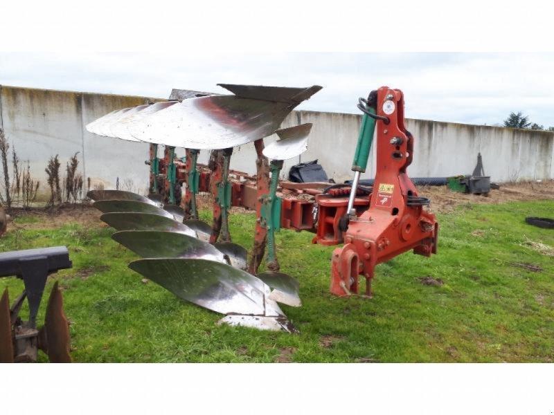 Pflug tip Kverneland LB-HD, Gebrauchtmaschine in SEICHES SUR LE LOIR (Poză 1)