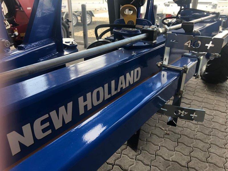 Kép New Holland 5 furet, hydr. stenudløser og Variabel furrebredde