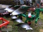 Pflug des Typs Regent 3 Schar in Niederviehbach