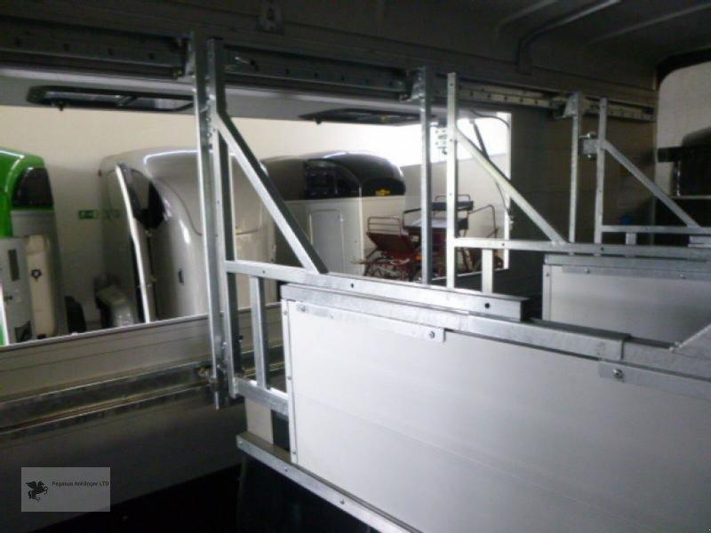 PKW-Anhänger типа Humbaur TRIA 3-Pferdeanhänger, ALU, 3,5to, Neumaschine в Gevelsberg (Фотография 9)