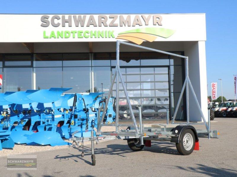 PKW-Anhänger des Typs Pongratz PWA 750 U, Neumaschine in Gampern (Bild 1)