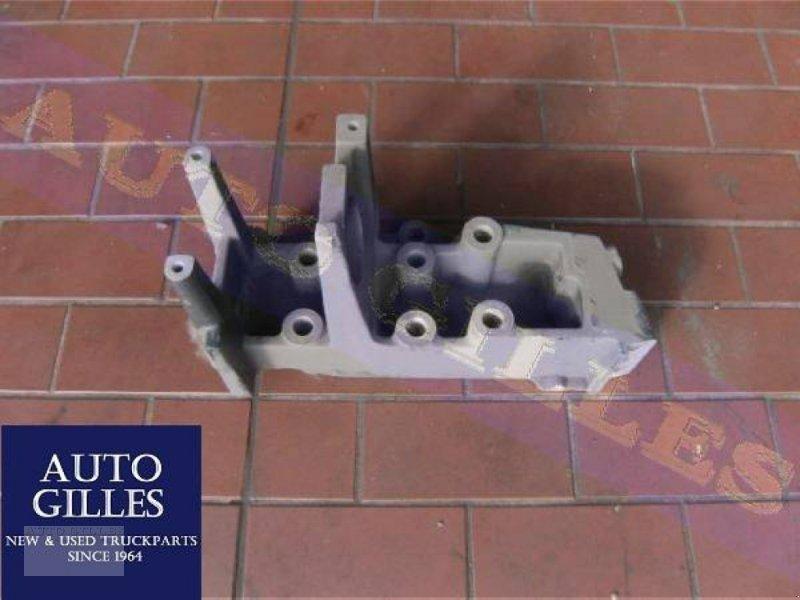PKW/LKW tip DAF Halter Stoßstange 1465931 CF85, Gebrauchtmaschine in Kalkar (Poză 1)