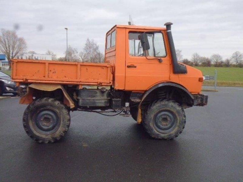 PKW/LKW des Typs Daimler-Benz Unimog 424, Gebrauchtmaschine in Grimma (Bild 3)