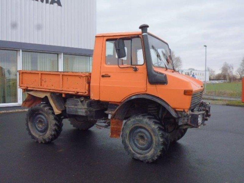 PKW/LKW des Typs Daimler-Benz Unimog 424, Gebrauchtmaschine in Grimma (Bild 4)