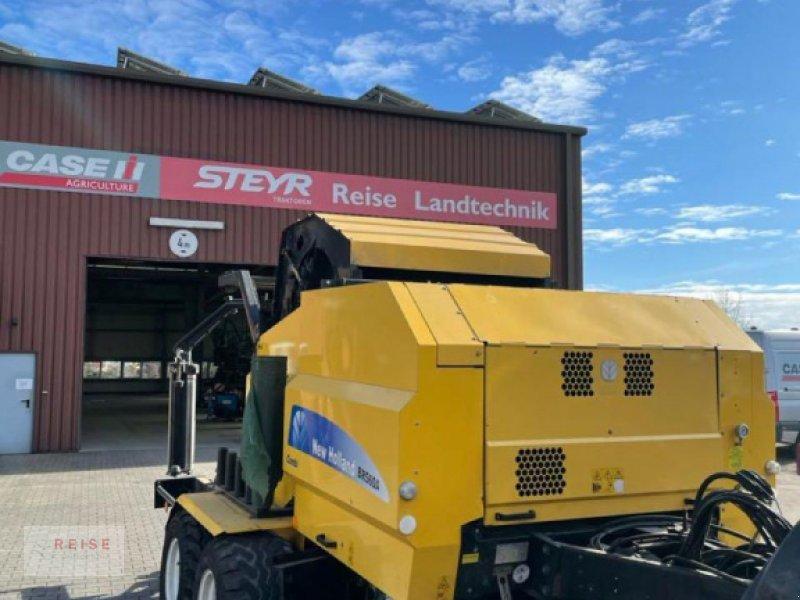 Press-/Wickelkombination des Typs New Holland BR 560 A, Gebrauchtmaschine in Lippetal / Herzfeld (Bild 1)