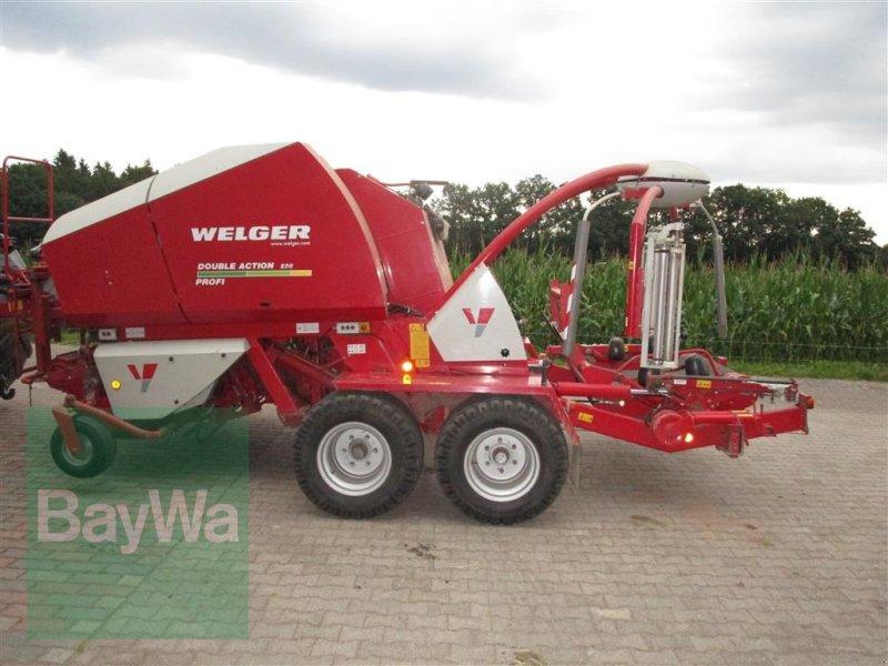 Press-/Wickelkombination des Typs Welger DA 220 Profi, Gebrauchtmaschine in Altensteig (Bild 1)