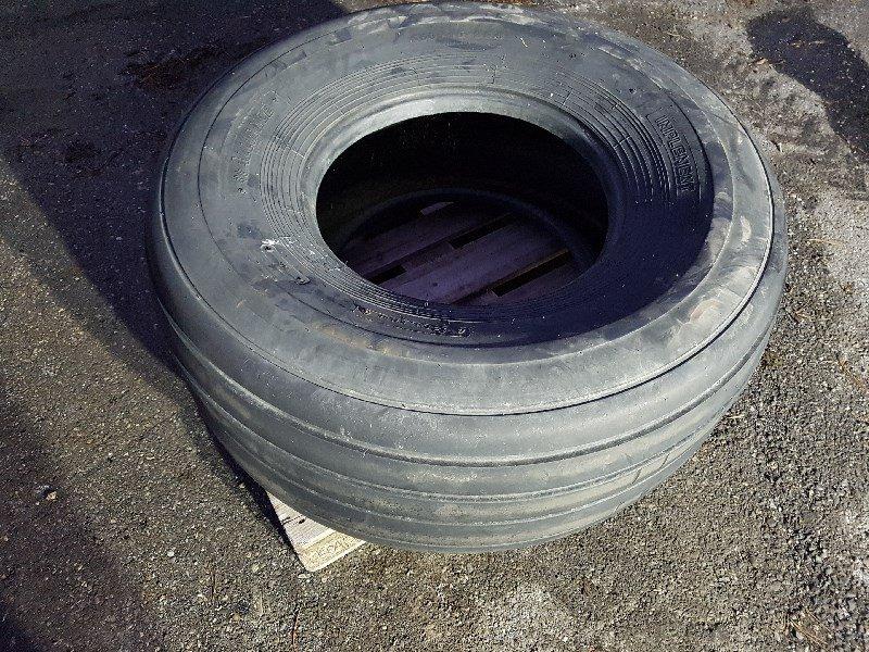 Rad типа Alliance 550/60 R22.5 Reifen, Gebrauchtmaschine в Chur (Фотография 1)