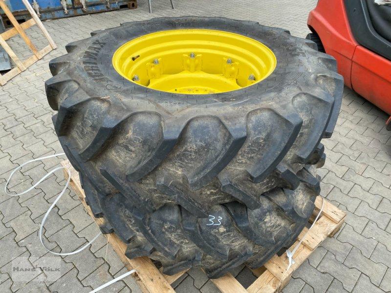 Rad des Typs BKT 420/85 R 30, Gebrauchtmaschine in Eching (Bild 1)