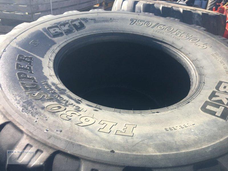 Rad des Typs BKT 750/60R30.5 FL 630 Super / Preis pro Reifen, Gebrauchtmaschine in Ainring (Bild 1)
