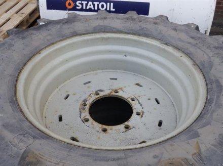 Rad des Typs Firestone 18,4x30, Gebrauchtmaschine in Hobro (Bild 2)