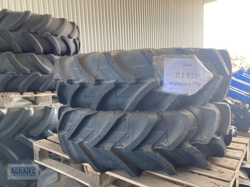 Rad типа Michelin 11.2 R24, Neumaschine в Salching bei Straubing (Фотография 1)