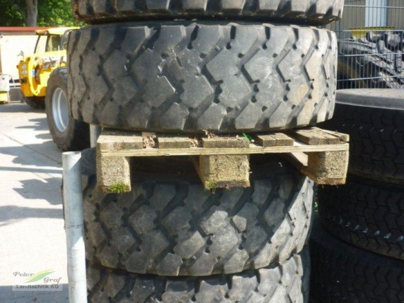 Rad des Typs Michelin 365/80 R20, Gebrauchtmaschine in Pegnitz-Bronn (Bild 1)