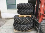 Rad des Typs Michelin 380/70R24 480/70R34 in Kanzach