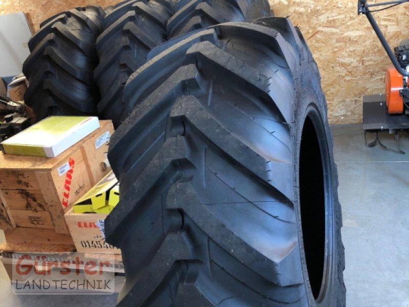 Rad des Typs Michelin XMCL 460/70 R24, Neumaschine in Mitterfels (Bild 1)