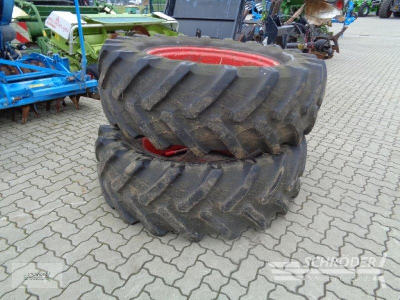 Rad des Typs Pirelli 1 Satz 520/70 R38 Zwillinge, Gebrauchtmaschine in Ahlerstedt (Bild 1)