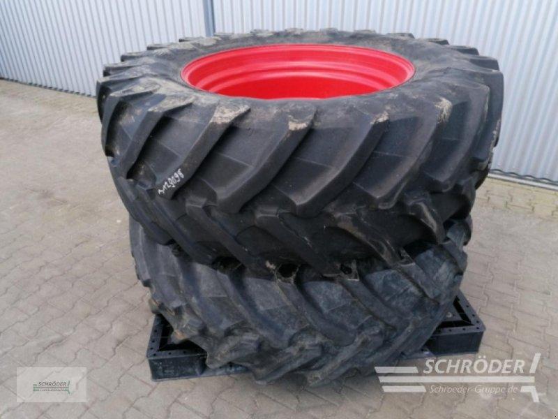 Rad des Typs Pirelli 2x 540/65 R34 Fendt 900er, Gebrauchtmaschine in Wildeshausen (Bild 1)