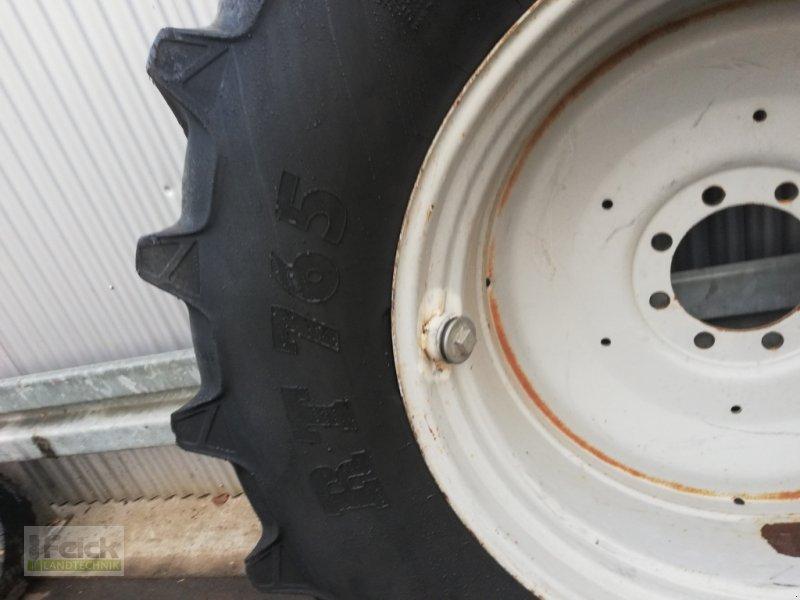 Rad des Typs Pirelli 580/70 R38, Gebrauchtmaschine in Reinheim (Bild 1)