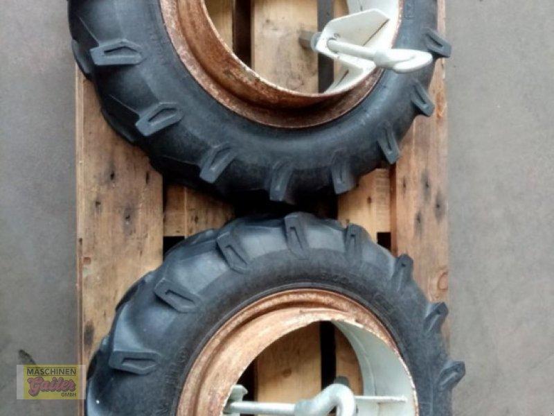Rad des Typs Pirelli 9.00-16, Gebrauchtmaschine in Kötschach (Bild 1)
