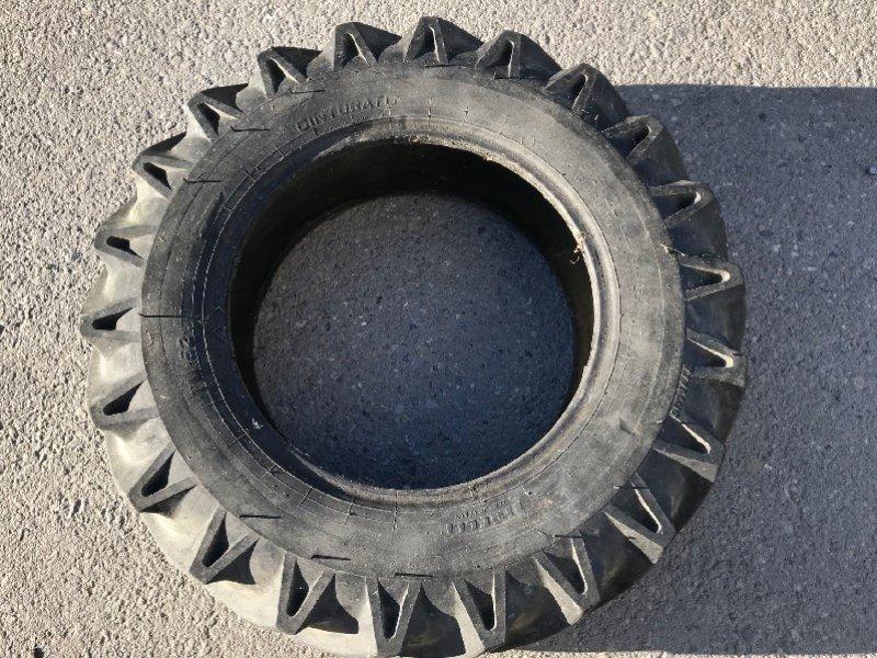 Rad типа Pirelli 9.5x20 Pneu, Gebrauchtmaschine в Chur (Фотография 1)