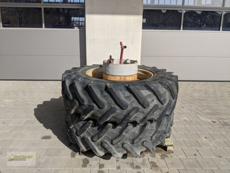 Rad a típus Pirelli Kompletträder 16.9 R34, Gebrauchtmaschine ekkor: Senftenbach (Kép 1)