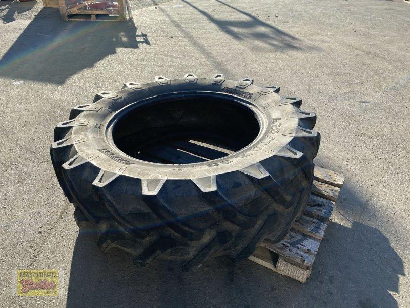 Rad des Typs Pirelli TM 700 420/70R30, Gebrauchtmaschine in Kötschach (Bild 4)