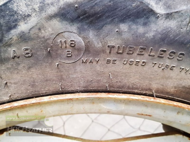 Rad des Typs Sonstige 1 Satz Pflegeräder 12,4R46+12,4R28, Gebrauchtmaschine in Kronstorf (Bild 10)