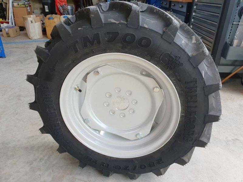 Rad des Typs Trelleborg 280/70-R18 TM700 Räder Reifen Carraro Pasquali, Neumaschine in Aigen-Schlägl (Bild 1)