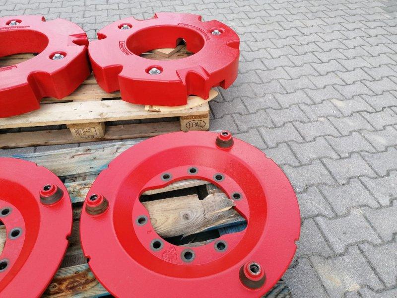 Radgewicht типа Fendt 2 x 300kg mit 10-Loch Adapterplatten, Neumaschine в Tirschenreuth (Фотография 6)