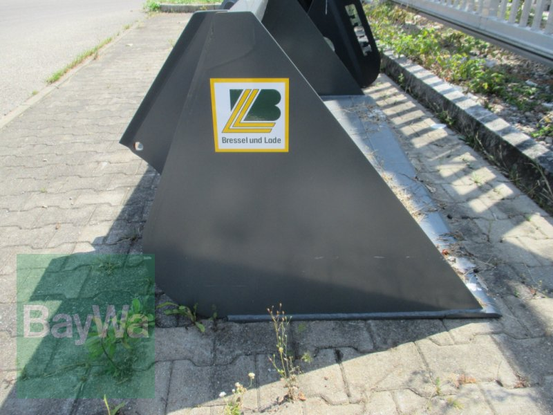 Radlader des Typs Bressel & Lade Leichtgutschaufel für, Neumaschine in Kempten (Bild 2)
