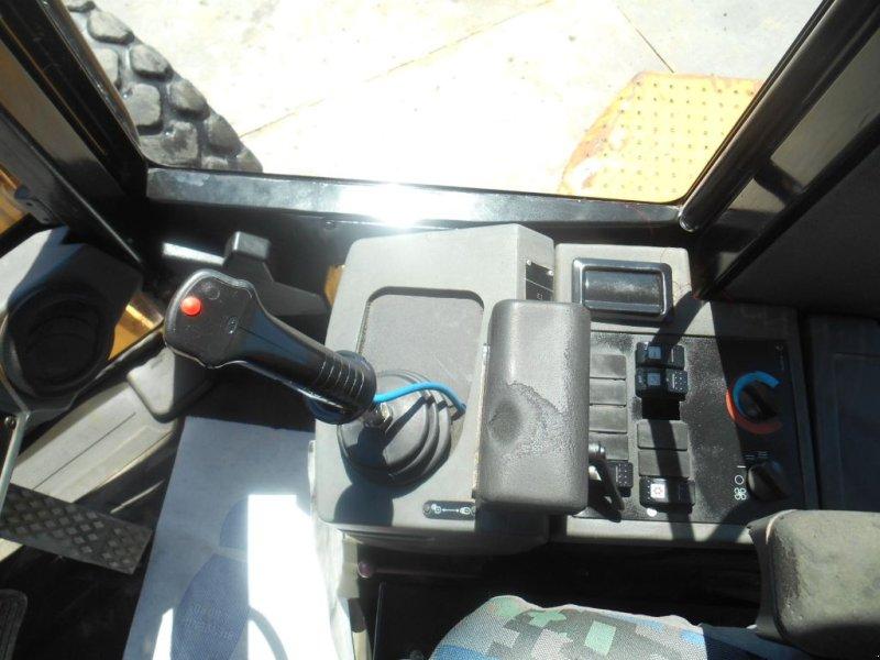 Radlader типа Caterpillar 938G, Gebrauchtmaschine в Genas (Фотография 9)